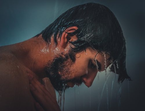 3 Ways Purified Water Benefits Your Grooming Routine